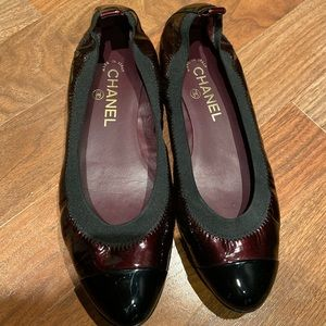 Chanel stretchy ballet flats